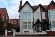 Studio flat in Park Road, Blackpool