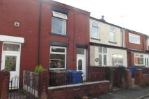 1 bedroom Flat in Withington Lane, WN2 1JD