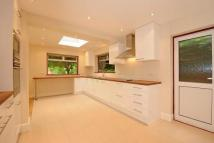 4 bed home in Whetstone, N20