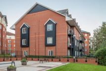 Flat to rent in John Dyde Close...