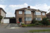 3 bed property to rent in Broxbourne, EN10