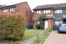 house to rent in Rowlands Close...