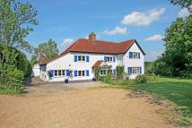 4 bedroom Cottage to rent in Nazeing, EN9