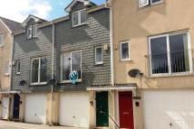 3 bed Town House to rent in Cameron Court, Camborne