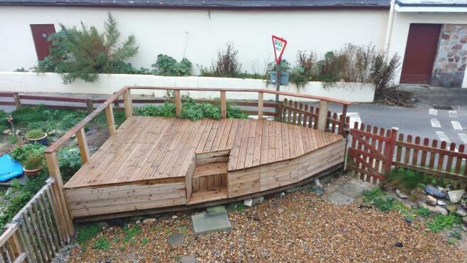 Decked Communal Garden
