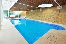 6 bed Detached property to rent in West Road, London, W5
