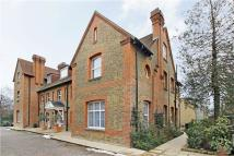 3 bedroom property in Amherst Road, Ealing, W13