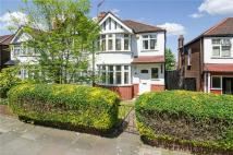 Twyford Abbey Road house to rent