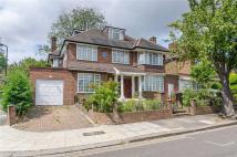 6 bedroom property to rent in The Ridings, London, W5