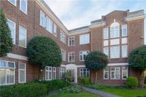 Flat in Hamilton Road, London, W5