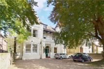 3 bed Apartment in North Common Road...