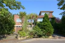 5 bedroom Detached home in Heath Close, Ealing...
