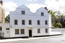 8 bed Detached house in Church Street, Hampton...