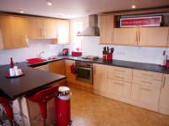 Ground Flat to rent in Chegwin Court, Newquay...