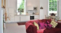 Apartment to rent in Hampton Court Road...