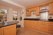 4 bedroom Terraced house in Connaught Road...