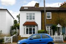 3 bedroom semi detached home to rent in Chestnut Road...