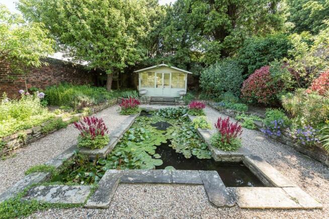 Designer pond
