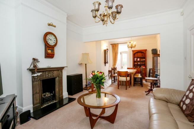 Lounge/ Living Room