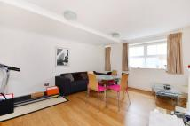 3 bed Flat for sale in Newton Street...