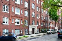 Flat for sale in Sandwich Street...