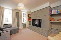 1 bed Flat to rent in New Row, Covent Garden...