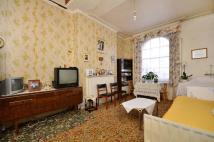2 bed Flat for sale in Regent Square...