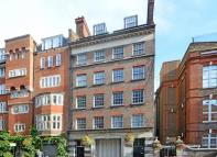 3 bed Flat in Drury Lane...