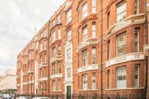 1 bedroom Flat to rent in Bury Place, Bloomsbury...