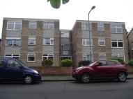 Woodside Flat to rent