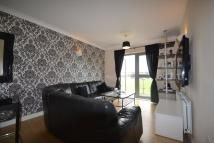 Flat to rent in Fencepiece Road Ilford