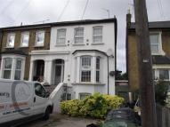 2 bed Flat in Grove Green Road, London