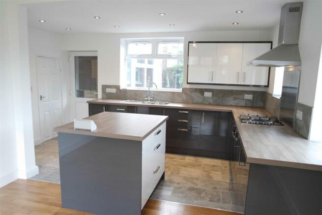 another kitchen.jpg