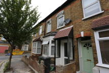 2 bed Terraced house in Parkhurst Road...