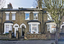 2 bedroom Terraced property for sale in Cromwell Road...
