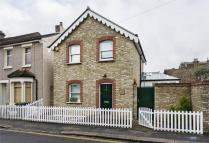 2 bed Detached property in Eden Road, Walthamstow...