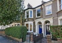 3 bedroom Terraced house for sale in Priory Avenue...