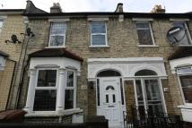 3 bed Terraced property for sale in Kenilworth Avenue...
