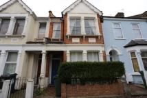 Flat to rent in Cromwell Road...
