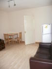 2 bedroom Flat in Gleneldon Road, London...