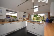 5 bed semi detached home in COWES