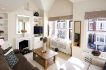 2 bed property in Edenvale Street, London...