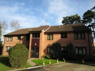 Flat to rent in Windmill Platt...