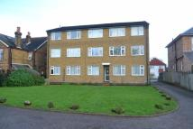 Flat in Temple Road, Epsom