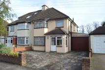 3 bed semi detached house in Temple Road, Epsom