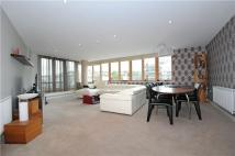 3 bed Apartment in Hannover Quay, Bristol...