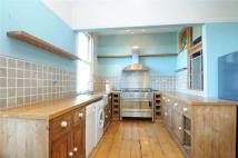 4 bed Terraced property in Springfield Road...