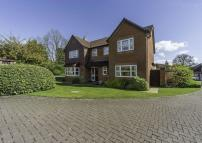 5 bed Detached property for sale in Farway Gardens, Codsall...