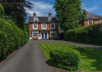 5 bed semi detached house for sale in Oaken Lanes, Codsall...