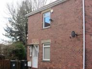 2 bedroom Flat to rent in Laing Grove, Wallsend...